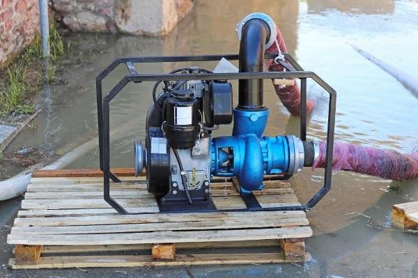 4 Water Damage Cleanup Hacks to Save Big $